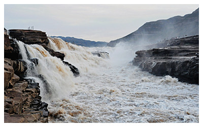 Hukou Grand Waterfall